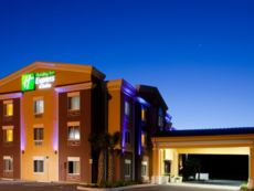 Holiday Inn Express & Suites Brooksville-I-75 in Lecanto, Florida