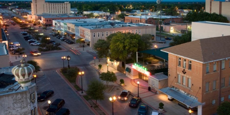 Downtown Bryan Eclectic Restaurants S Live Music And More