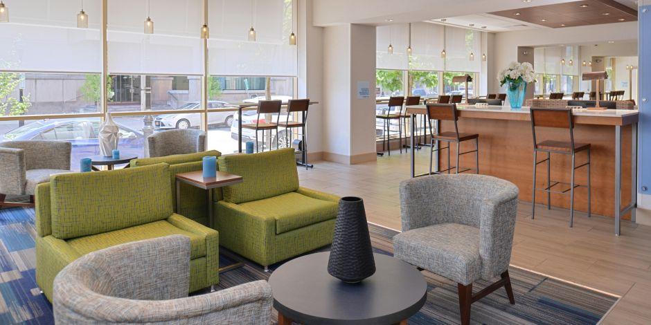 welcome to the holiday inn express suites buffalo - Hilton Garden Inn Buffalo Downtown