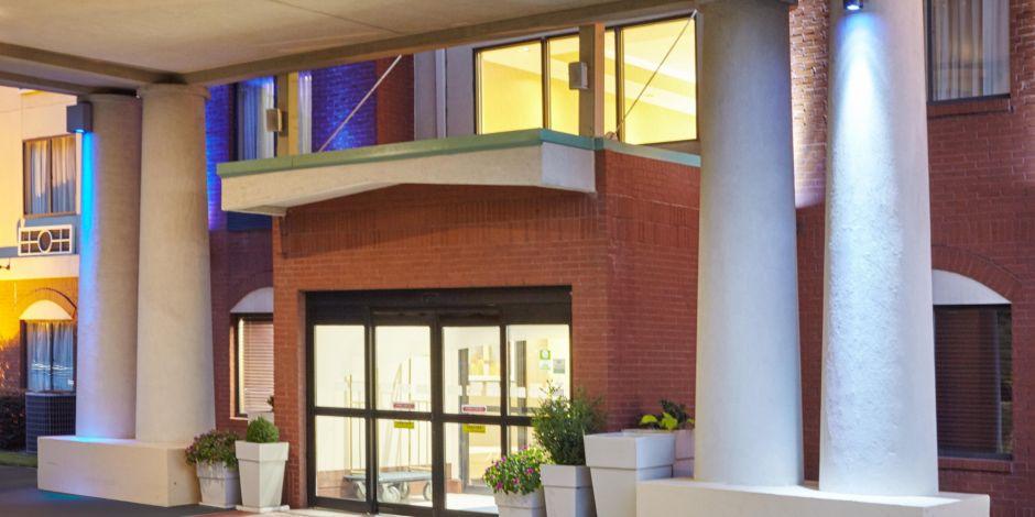 Area Attractions Gwinnett Braves Stadium Entrance