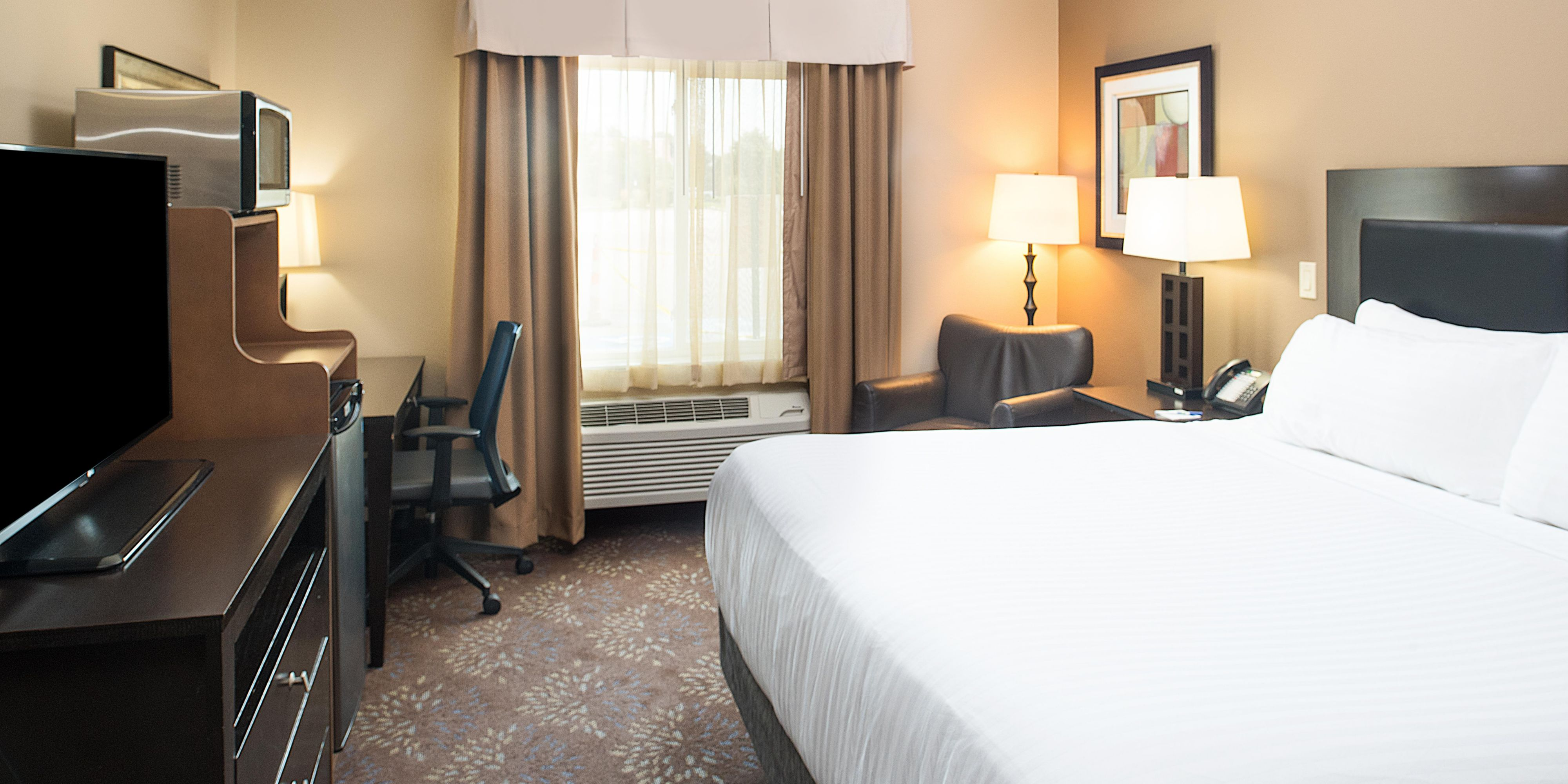 Holiday Inn Express And Suites Burlington 4672616987 2x1