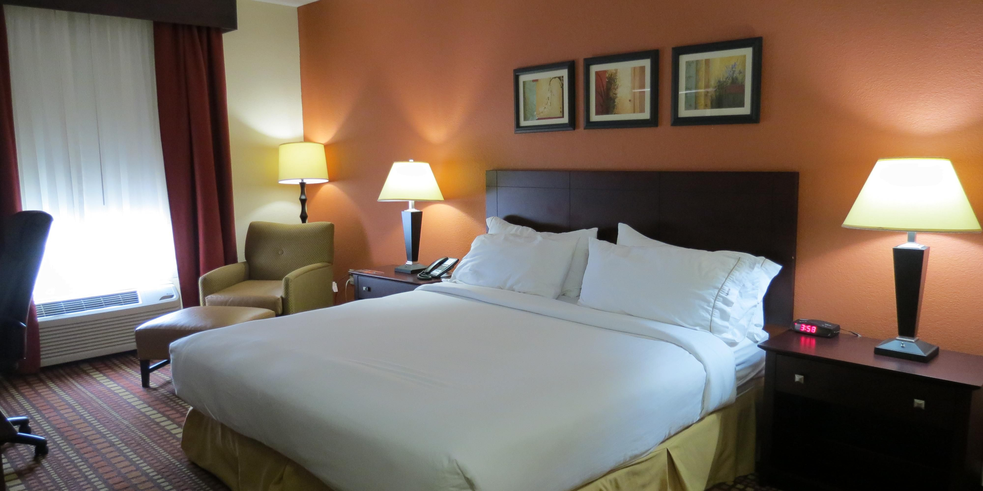 Holiday Inn Express And Suites Canton 3932558200 2x1