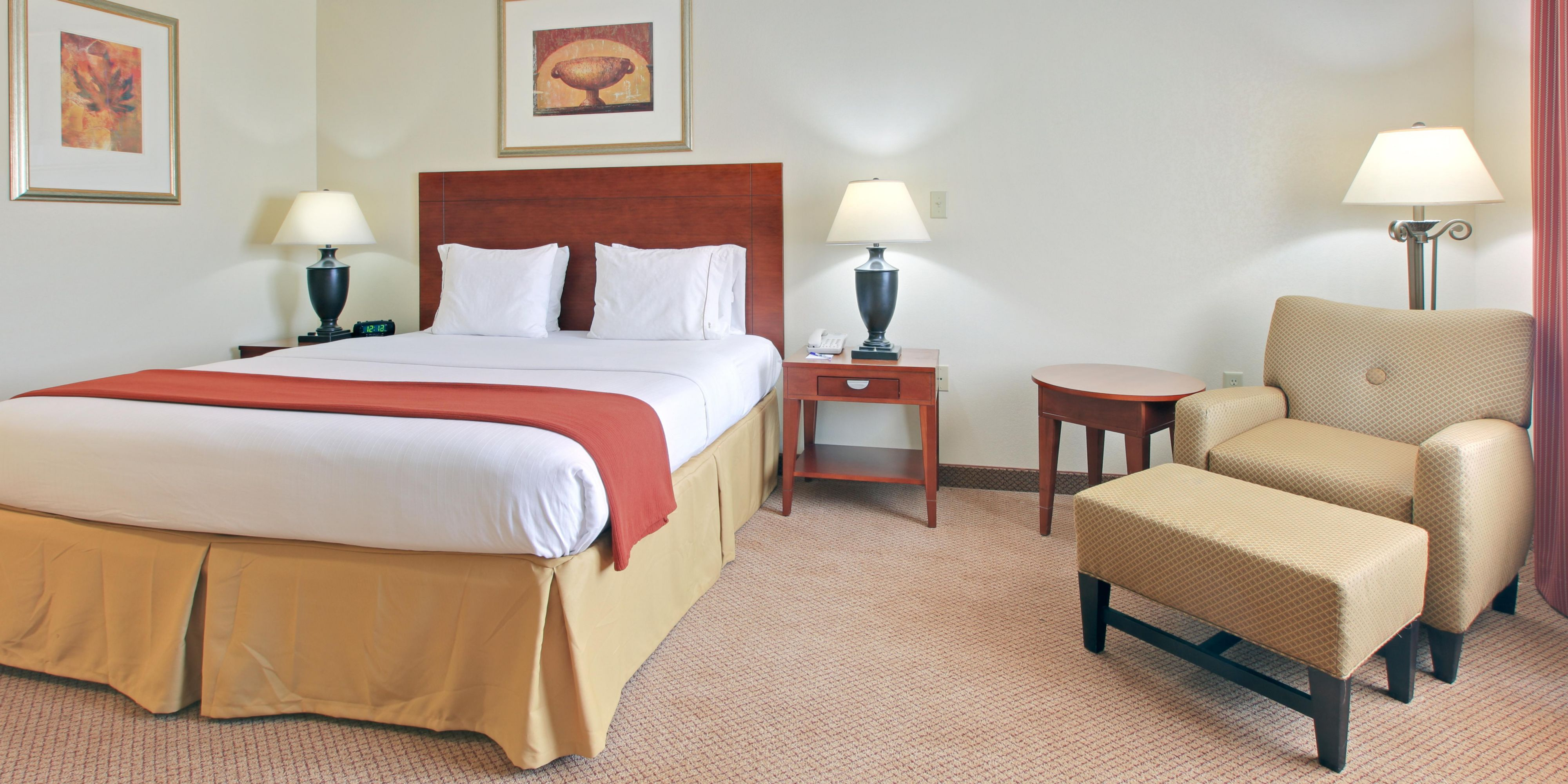 Holiday Inn Express And Suites Canton 4229831604 2x1