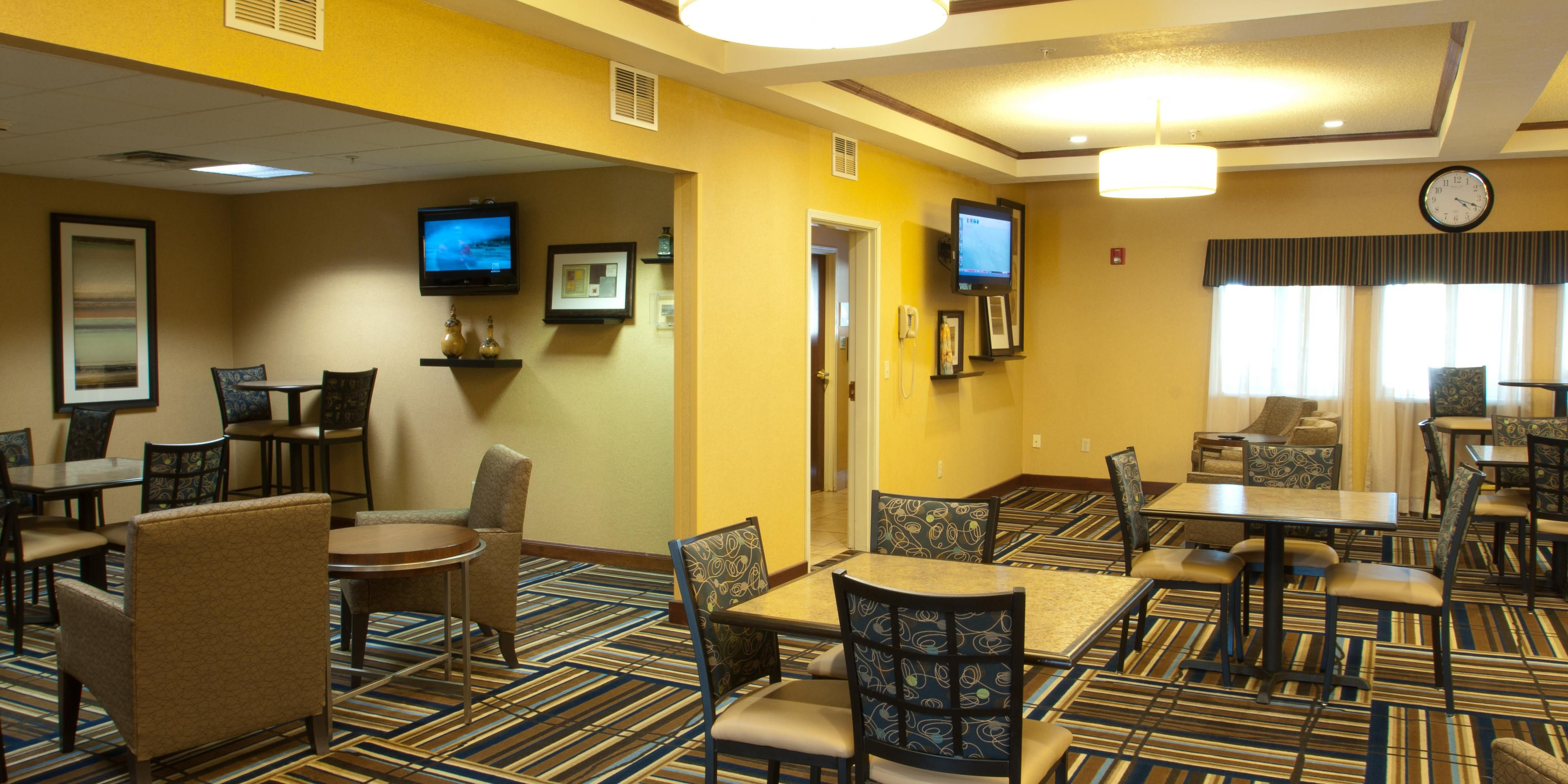 Holiday Inn Express And Suites Canyon 4026461576 2x1