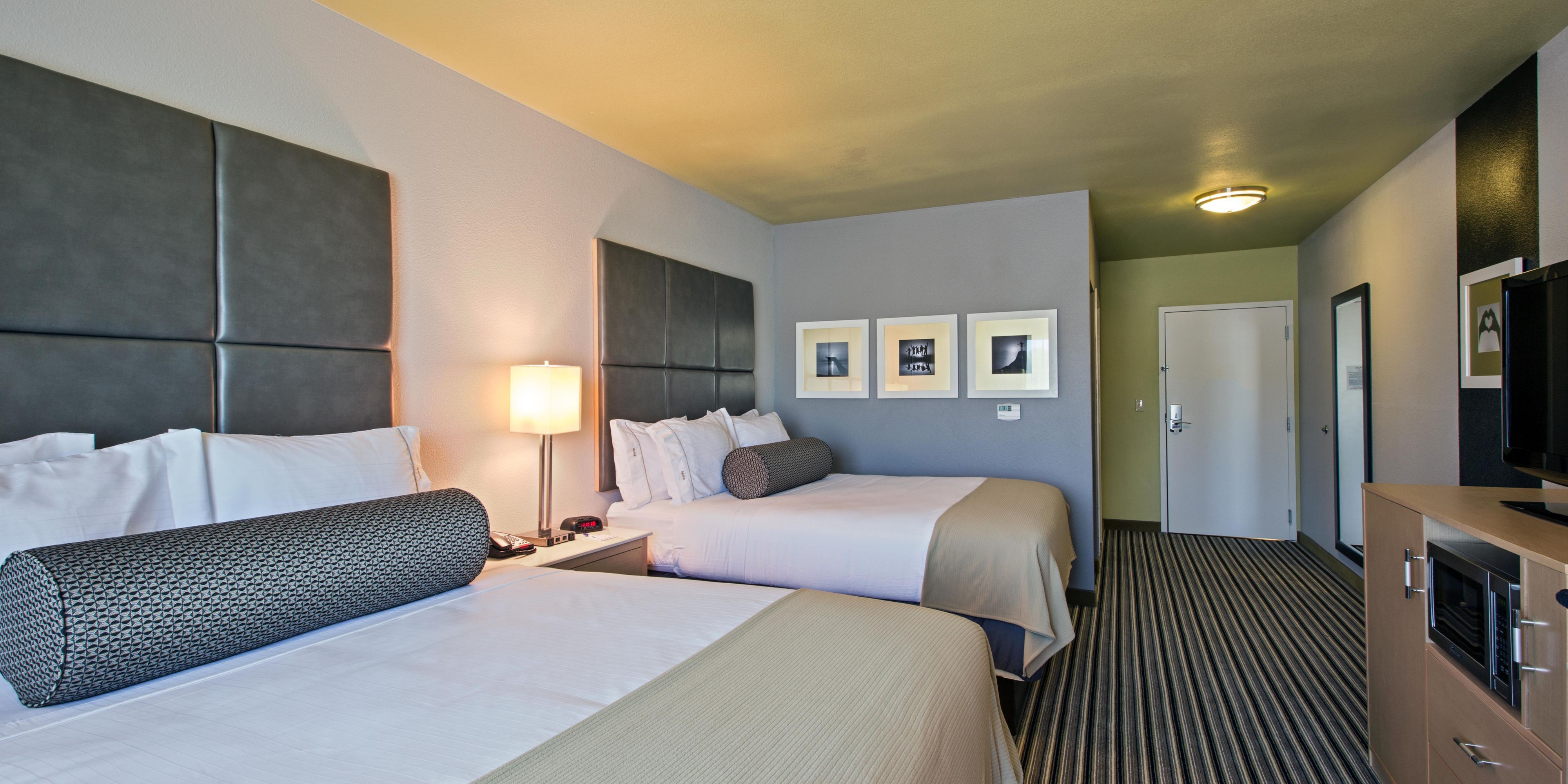 Holiday Inn Express And Suites Carlisle 3591793939 2x1