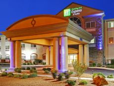 Holiday Inn Express & Suites Carlsbad in Carlsbad, New Mexico