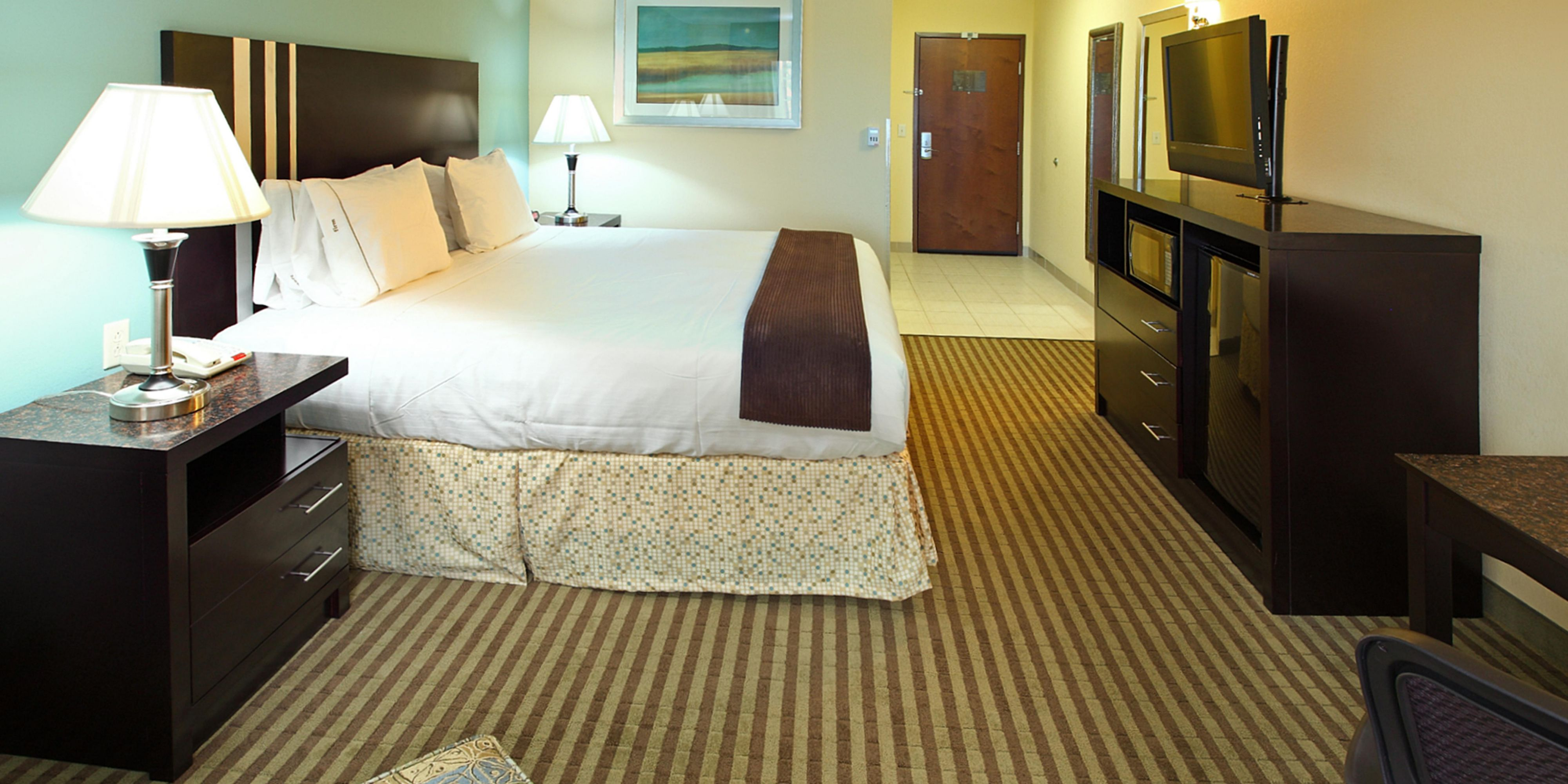 Holiday Inn Express And Suites Carthage 4232715708 2x1