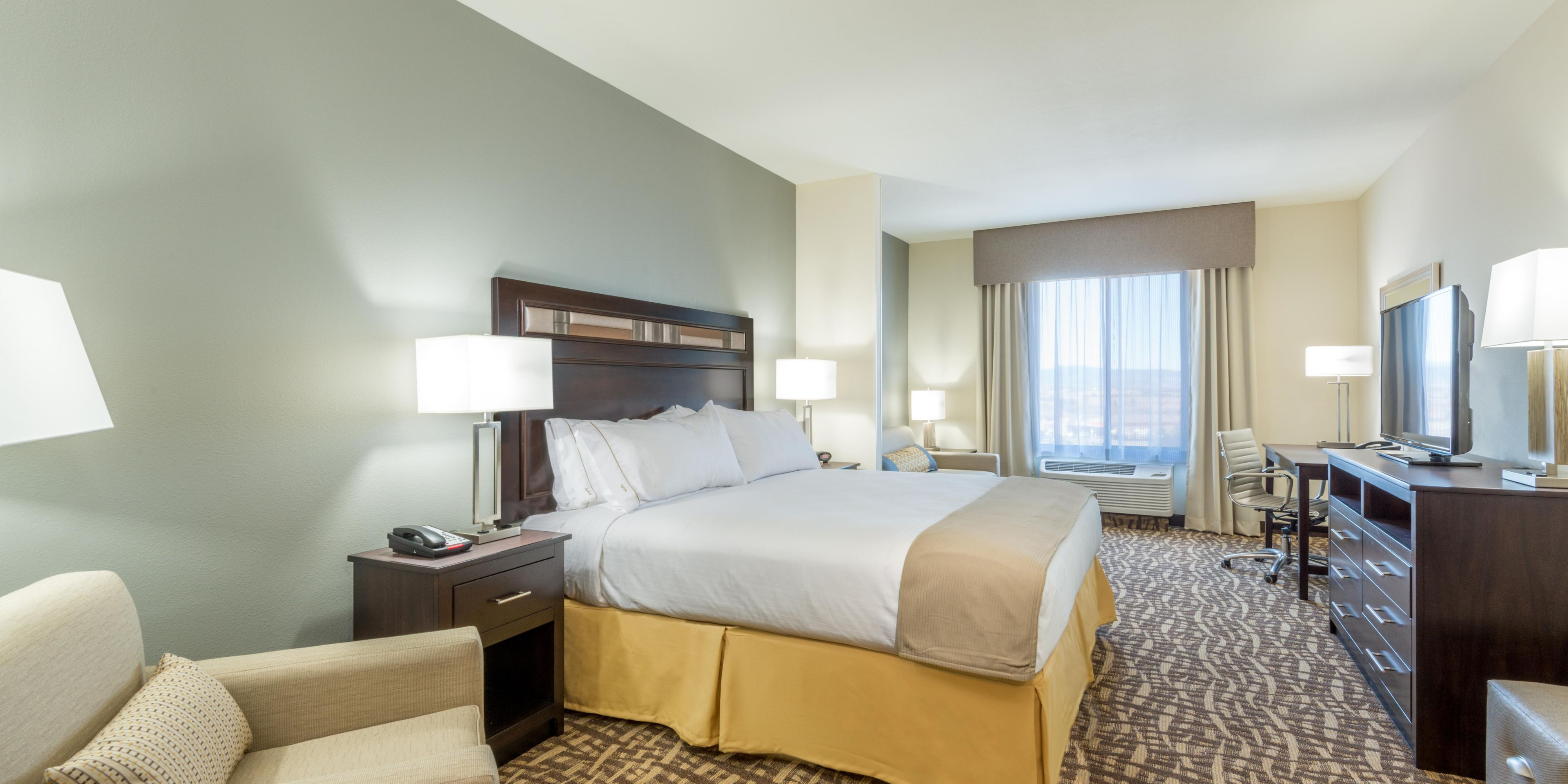 Holiday Inn Express And Suites Castle Rock 3905961759