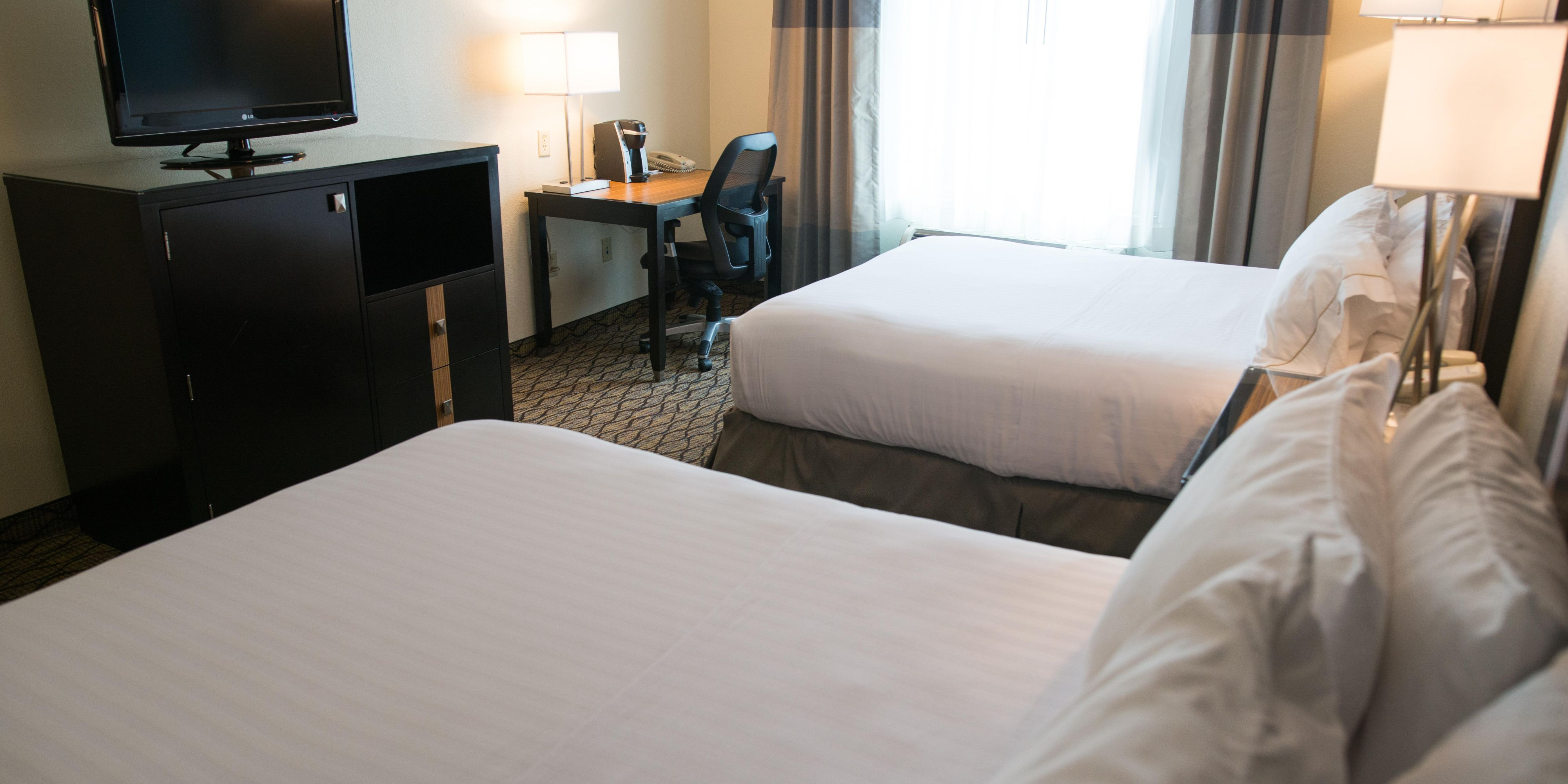 holiday inn express suites chanhassen hotel by ihg