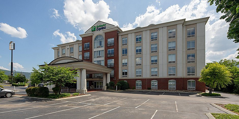 Holiday Inn Express & Suites Chattanooga-Lookout Mtn Hotel