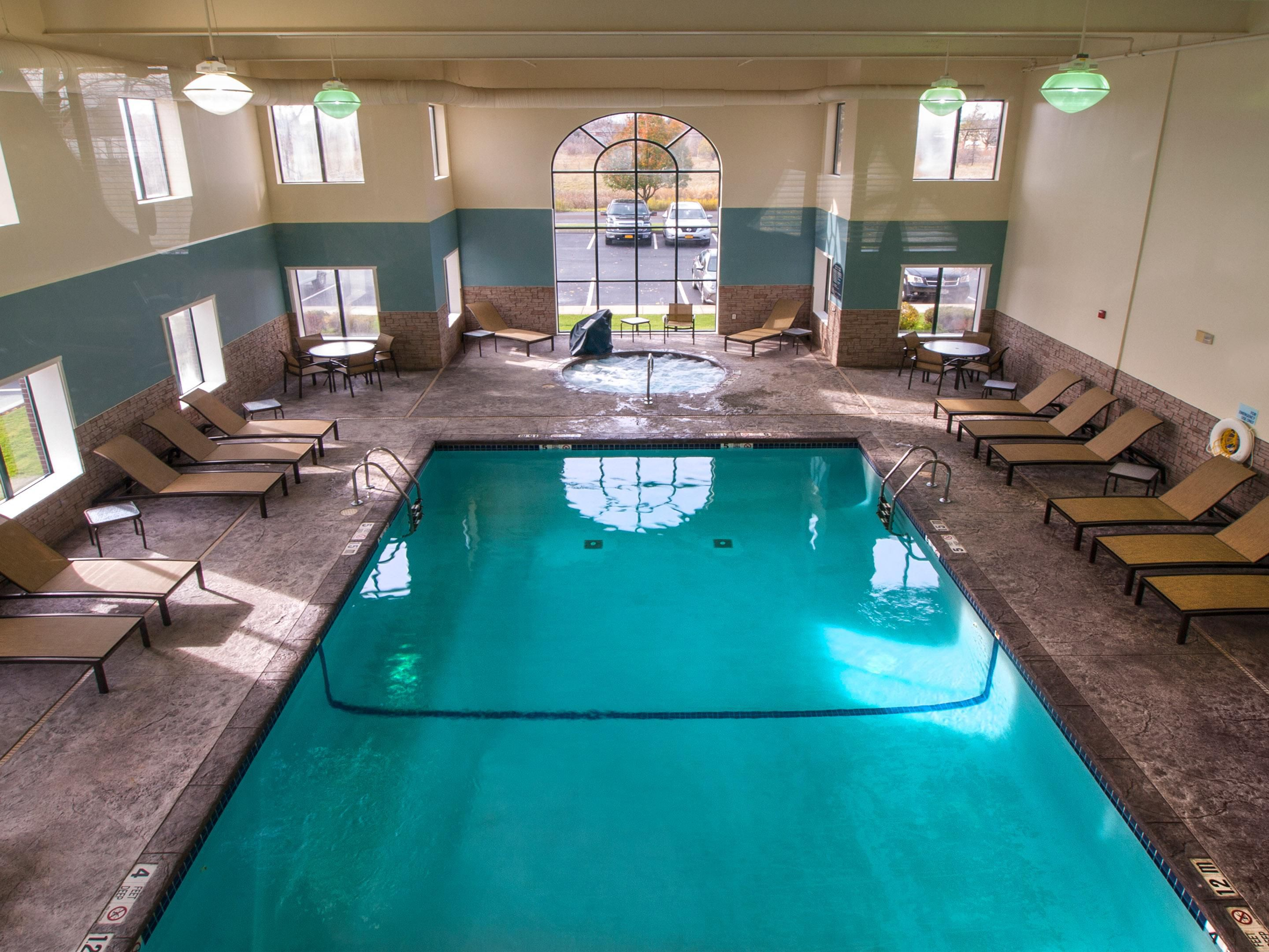 Holiday Inn Express Buffalo Airport Heated indoor pool