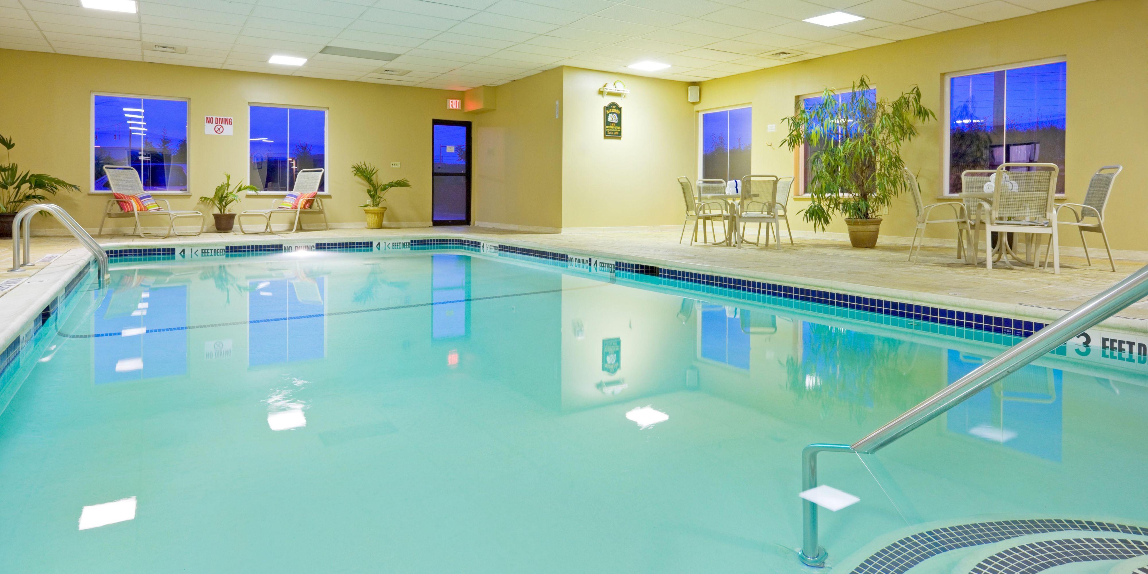 Holiday Inn Express & Suites Chester-Monroe-Goshen Hotel by IHG