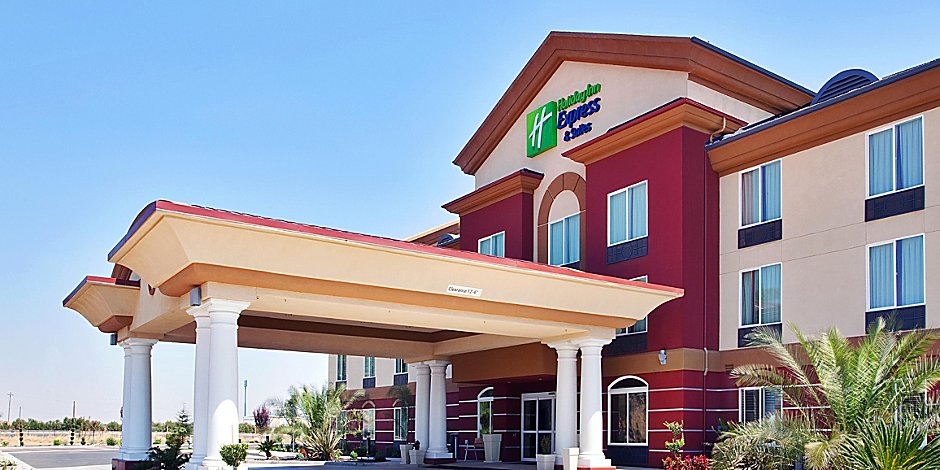 Holiday Inn Express & Suites Chowchilla - Yosemite Pk Area Hotel by on