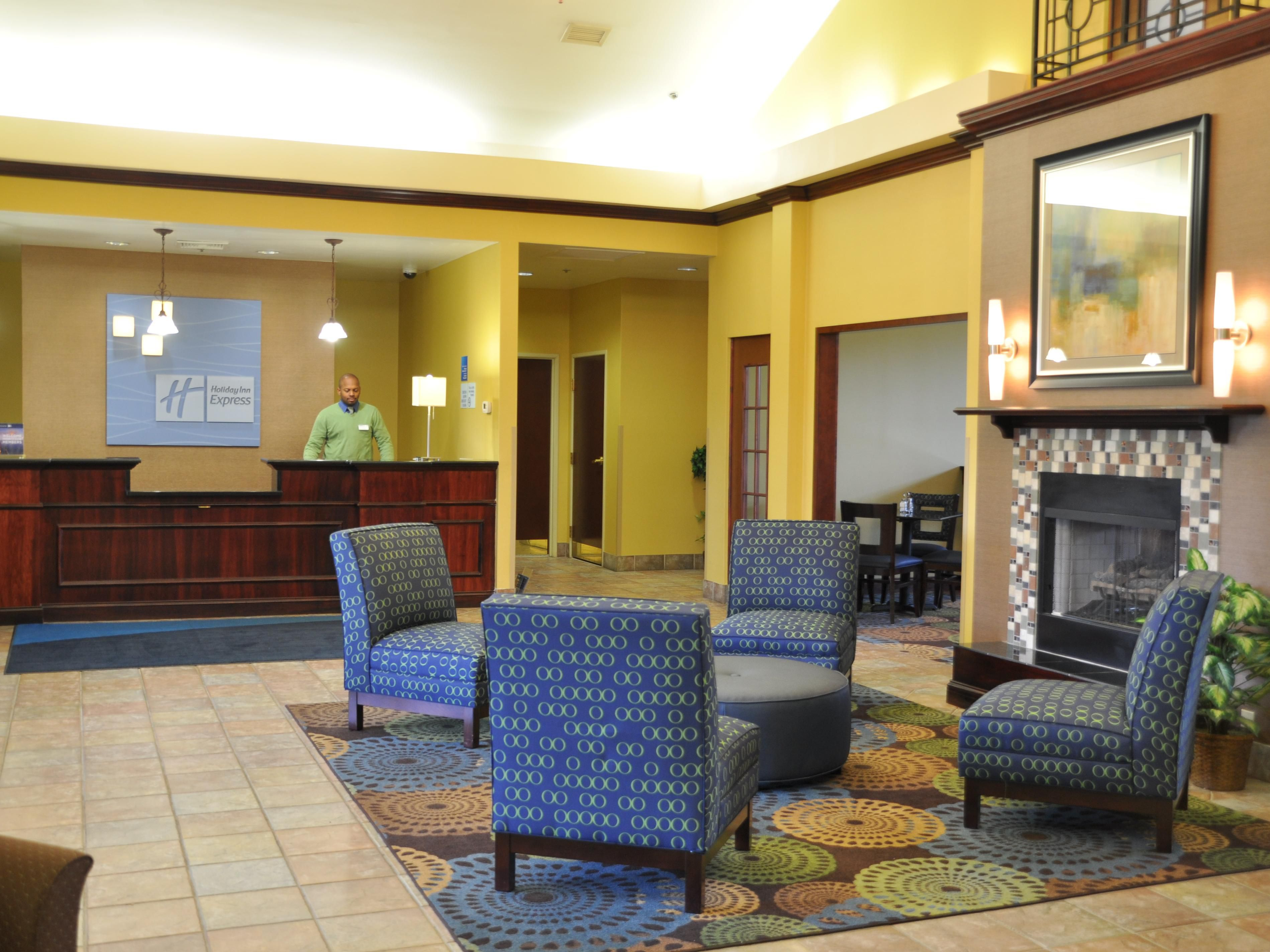 Welcome to the Holiday Inn Express Christiansburg