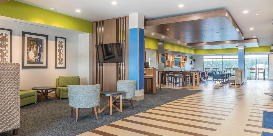 Clarion Pa Hotels Holiday Inn Express Suites Ihg