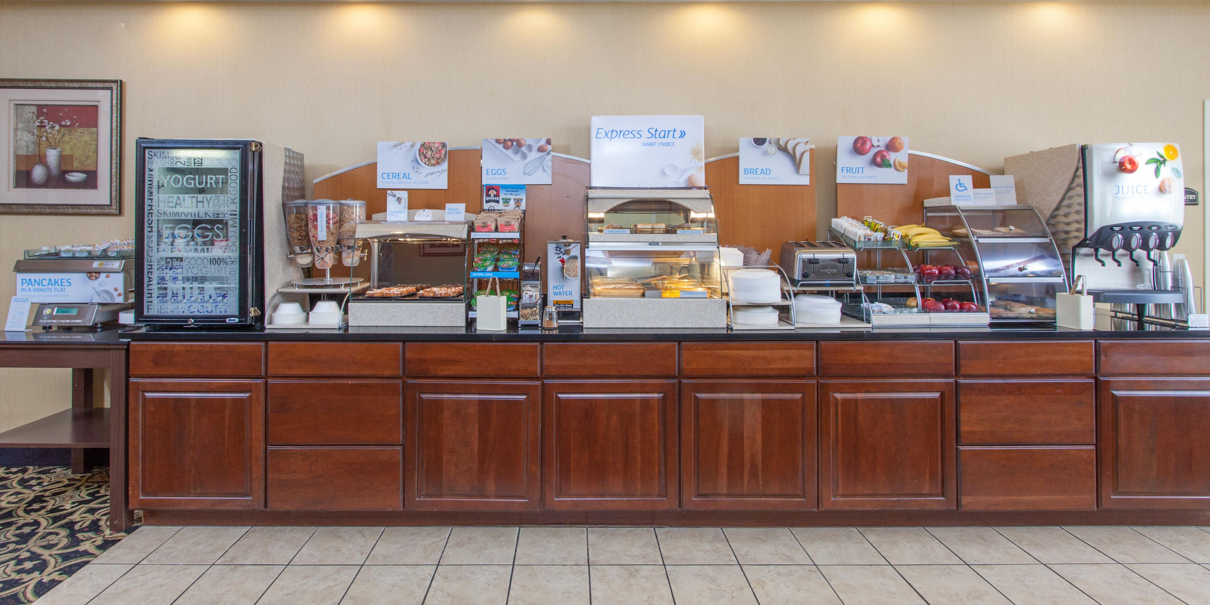 Holiday Inn Express Suites Clarksville Hotel By Ihg