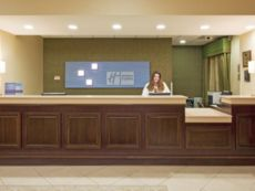 Holiday Inn Express & Suites Clearwater/Us 19 N in Clearwater Beach, Florida