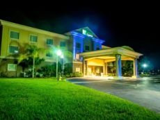 Holiday Inn Express & Suites Cocoa in Cocoa Beach, Florida