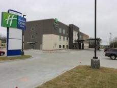 Holiday Inn Express & Suites Coffeyville in Bartlesville, Oklahoma