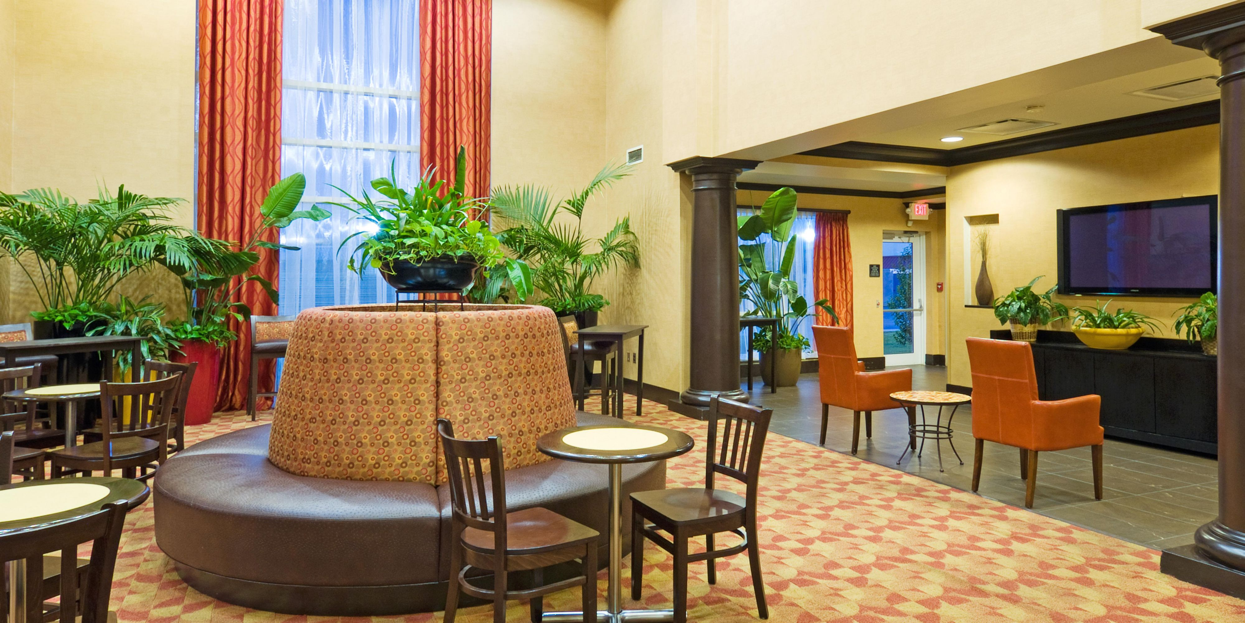 Holiday Inn Express & Suites Columbia Fort Jackson Hotel by IHG