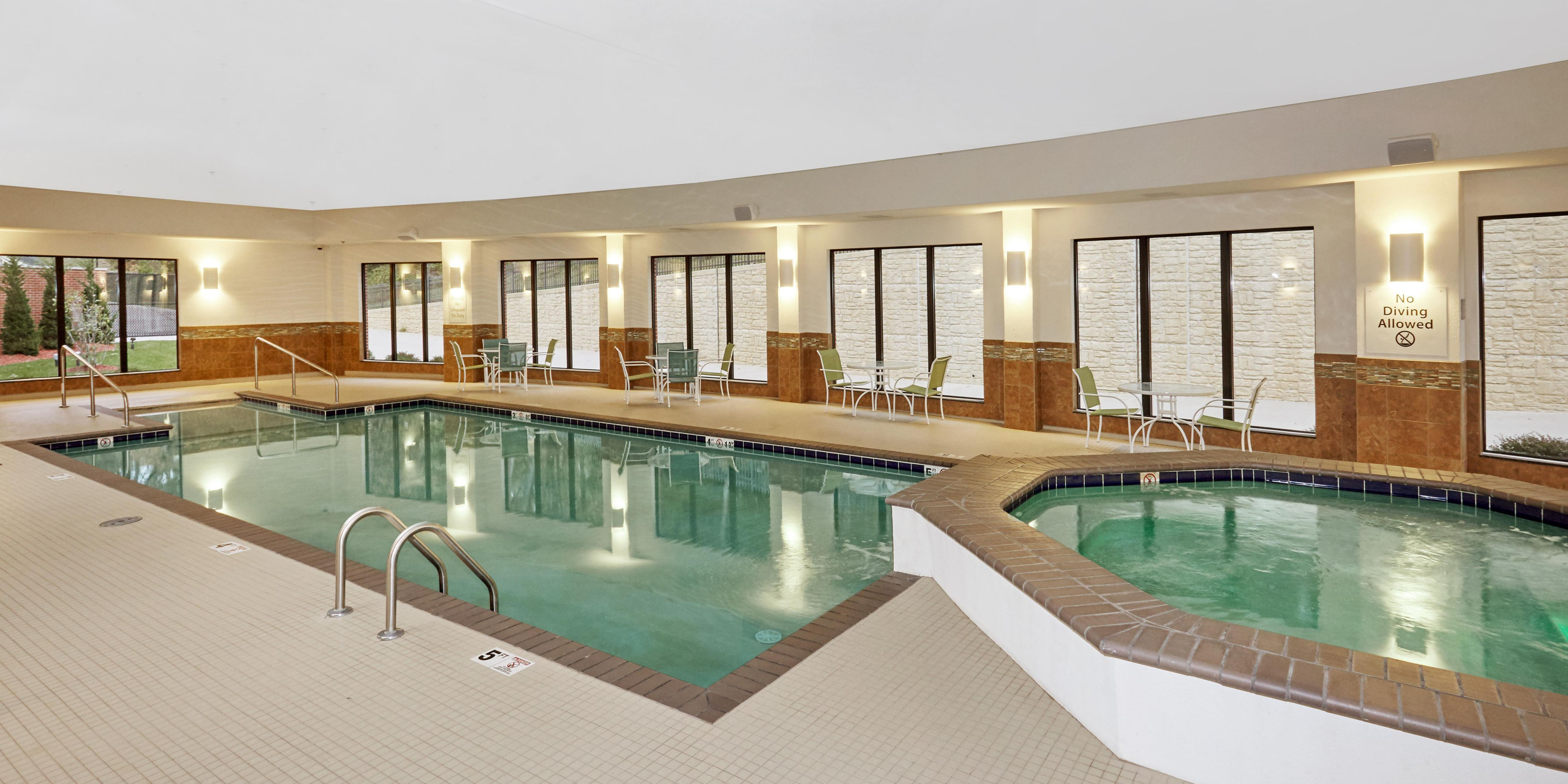 Holiday Inn Express & Suites Columbia Univ Area Hwy 63 Hotel by IHG