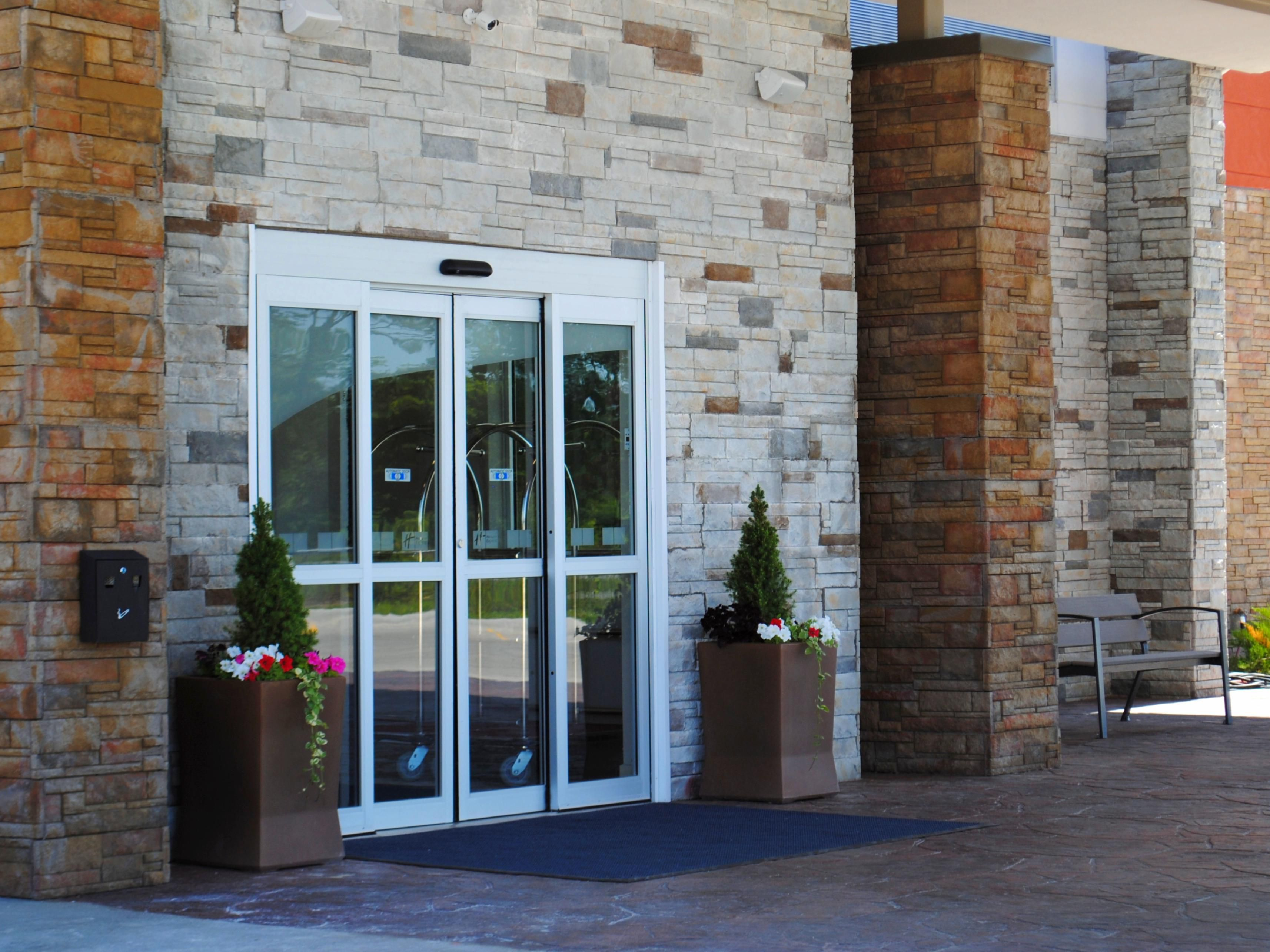 Holiday Inn Express Auburn Hotels | Budget Hotels in Auburn