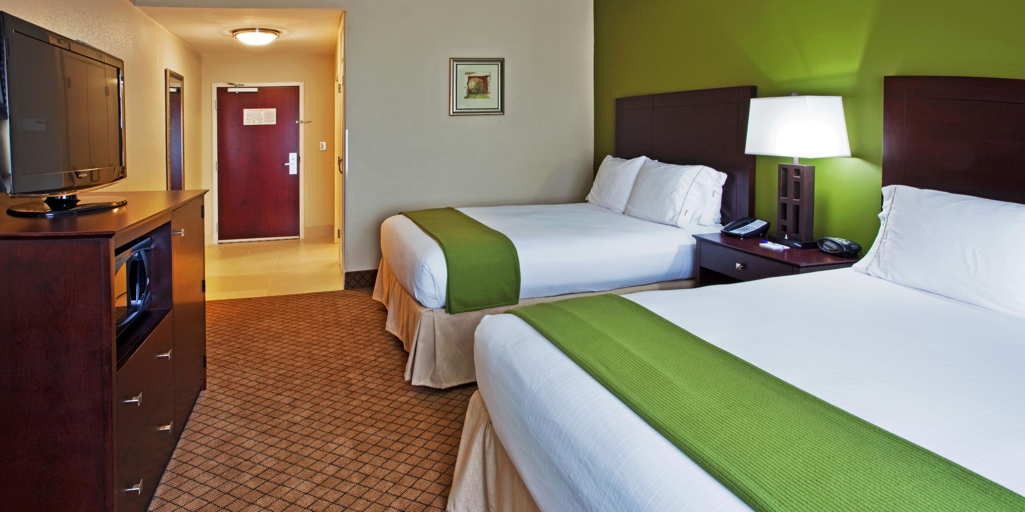 Holiday Inn Express And Suites Columbus 2533333931 2x1