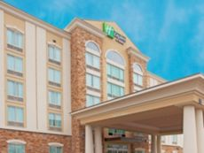 Holiday Inn Express & Suites Columbus At Northlake in Opelika, Alabama