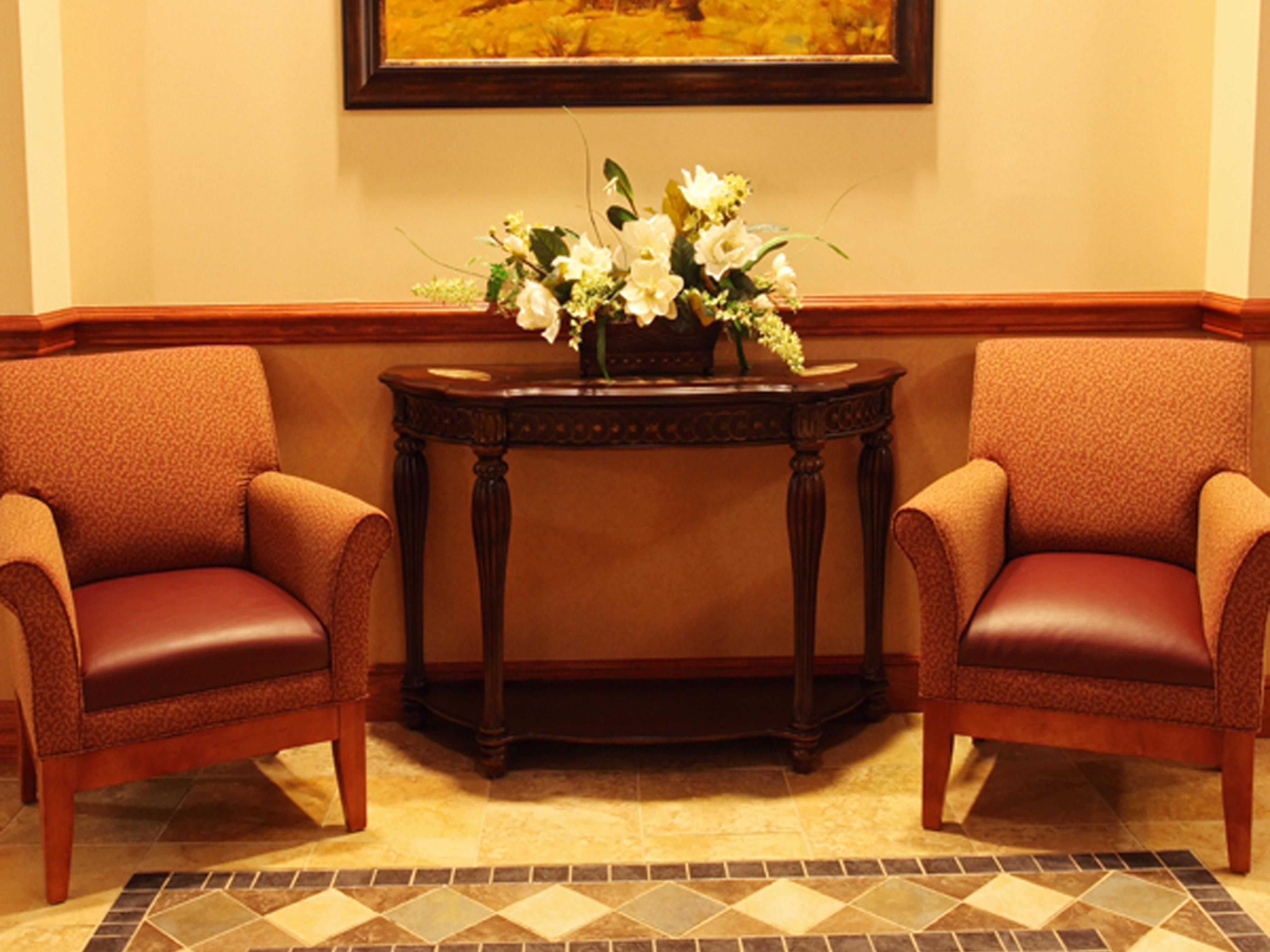 Holiday Inn Express & Suites at OSU--Guest Lounge