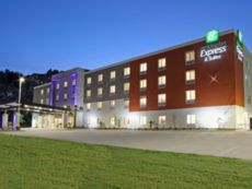 Holiday Inn Express & Suites Columbus North in Columbus, Mississippi