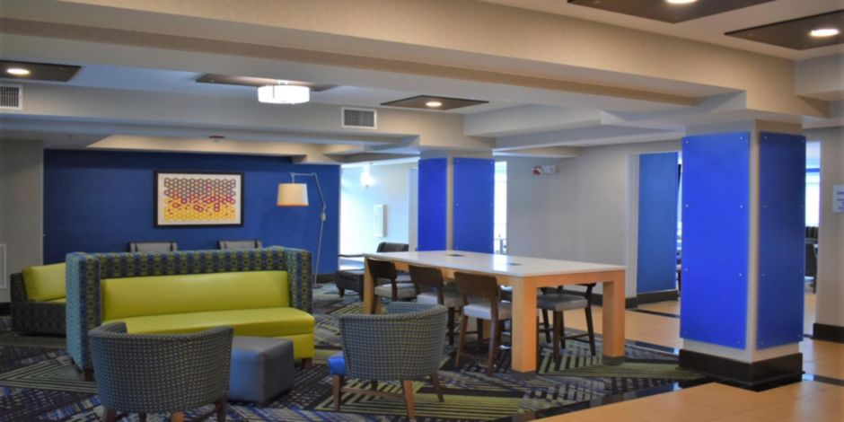 Holiday Inn Express Concord Nc Hotel Close To Mills