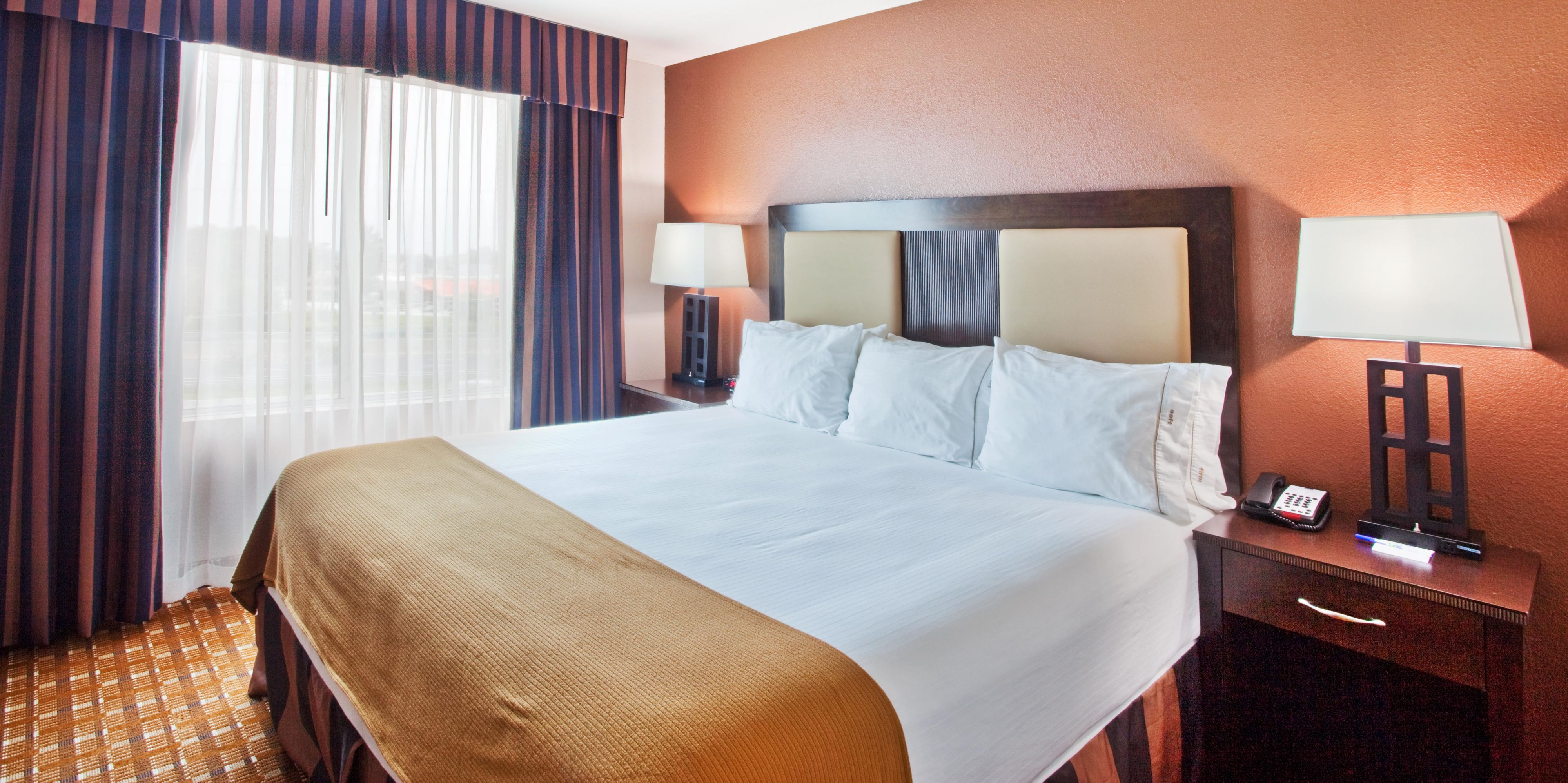 Hotel in Conyers GA near Atlanta Holiday Inn Express