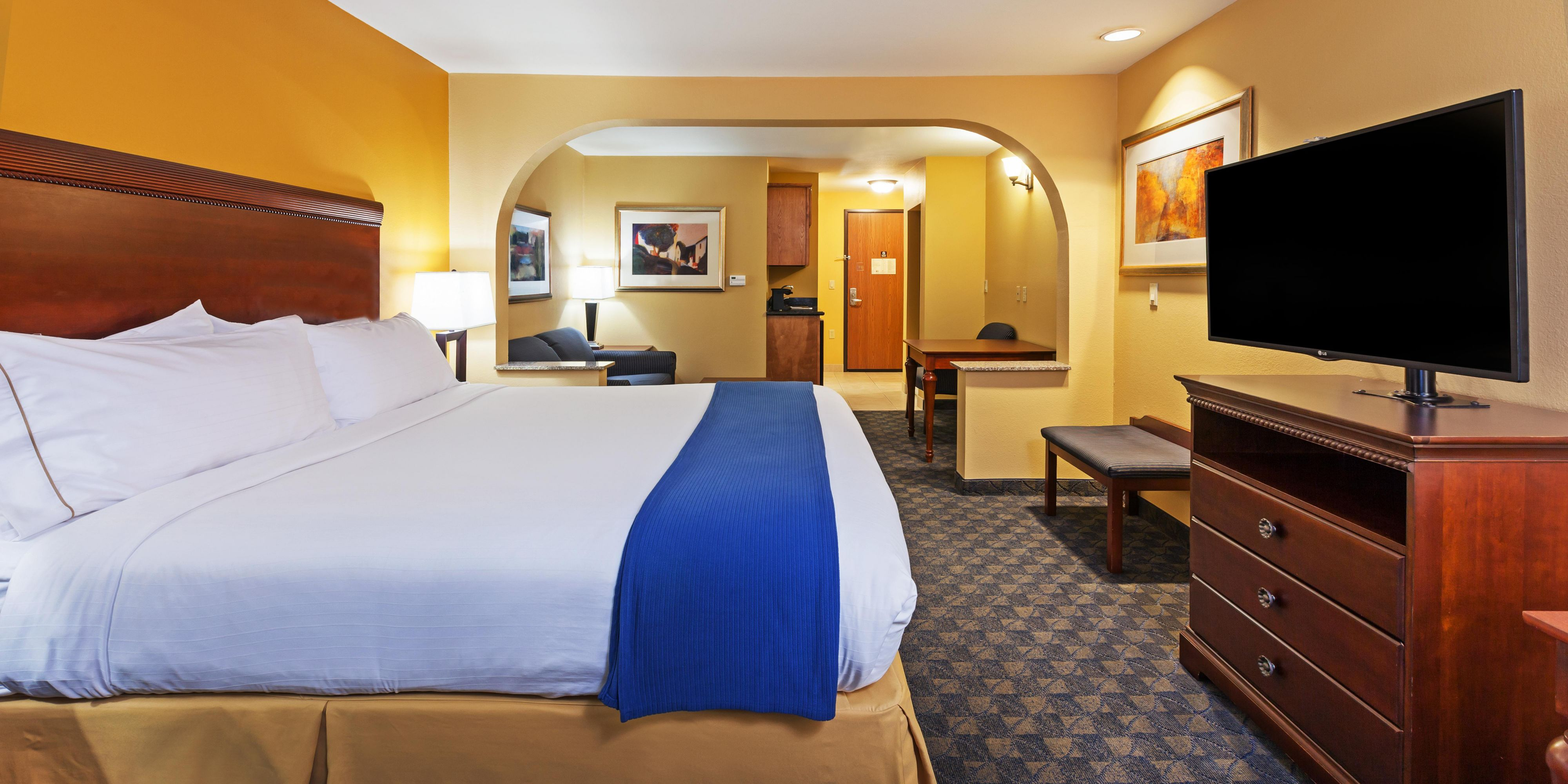 hotel wi suites best at com hayward value and booking lakes us america comforter amerivu comfort inn s