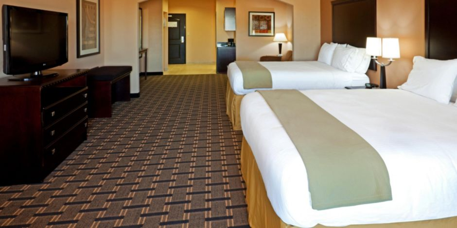 Holiday Inn Express Suites Dallas Central Market Center Hotel By Ihg