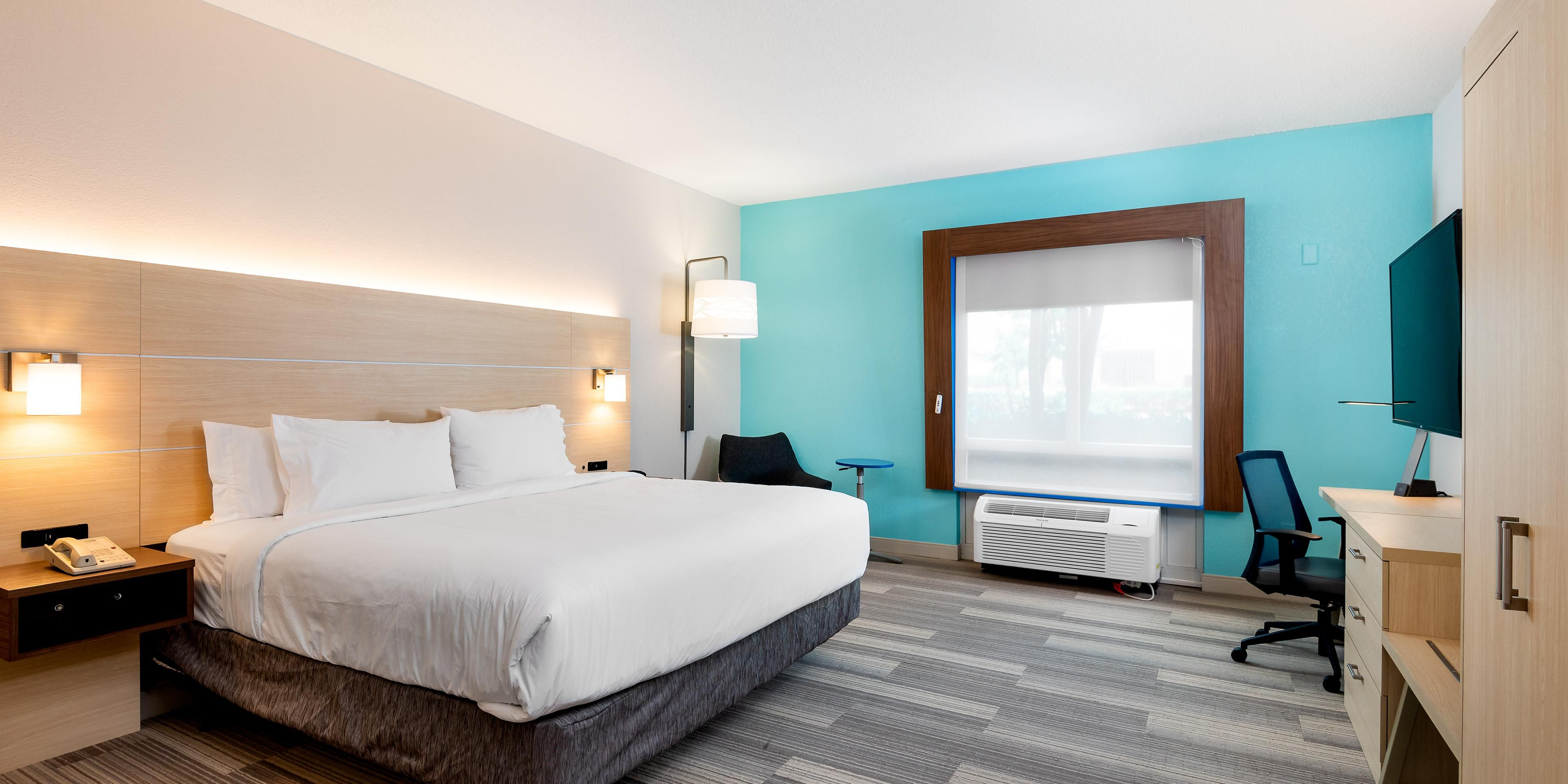 Holiday Inn Express And Suites Daphne 5585459289 2x1