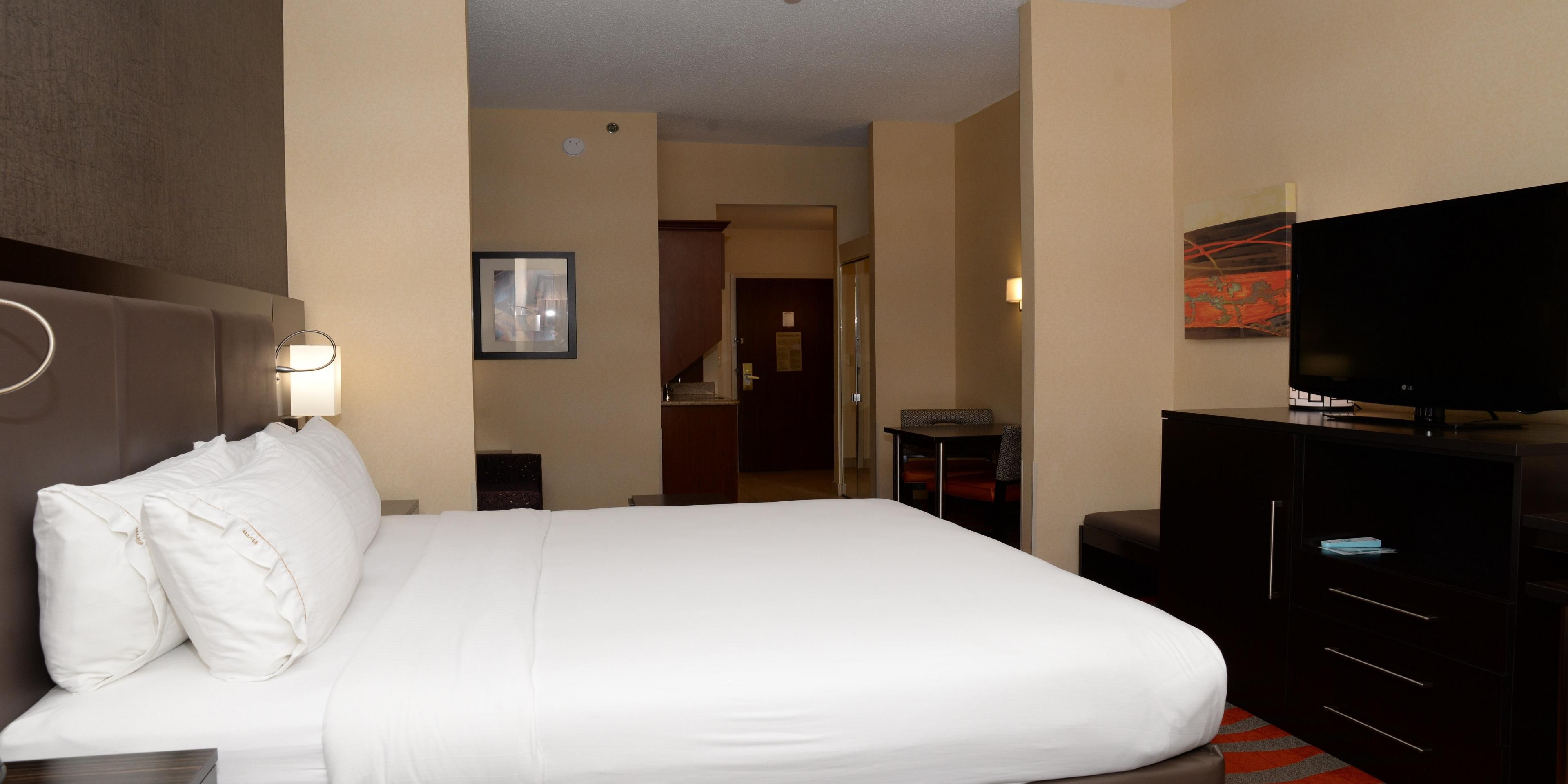 Holiday Inn Express And Suites Dayton 4373359864 2x1