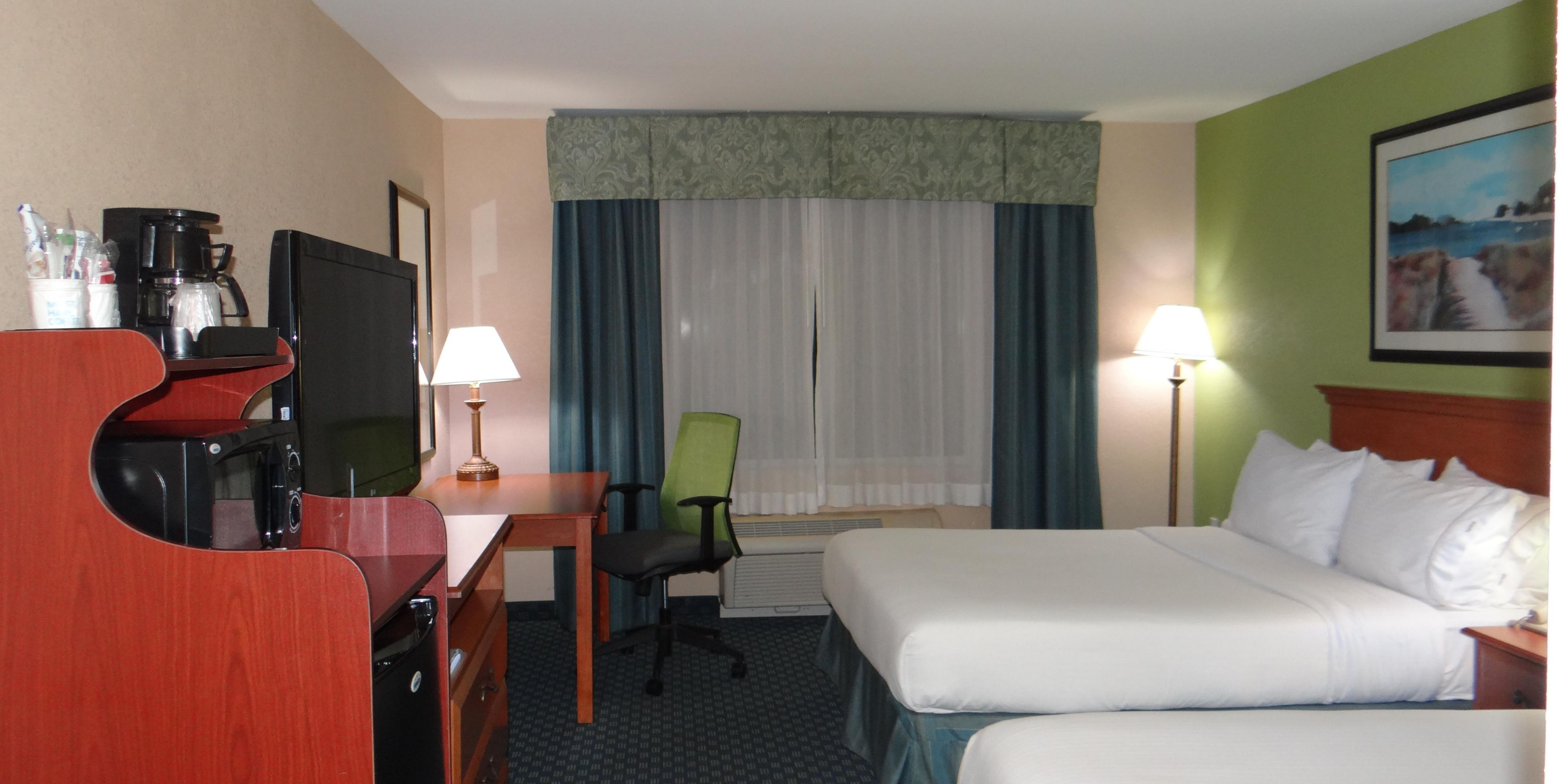 Holiday Inn Express And Suites Delmar 3865896071 2x1
