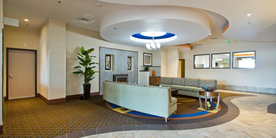 Holiday Inn Express Suites Denver East Peoria Street Hotel By Ihg