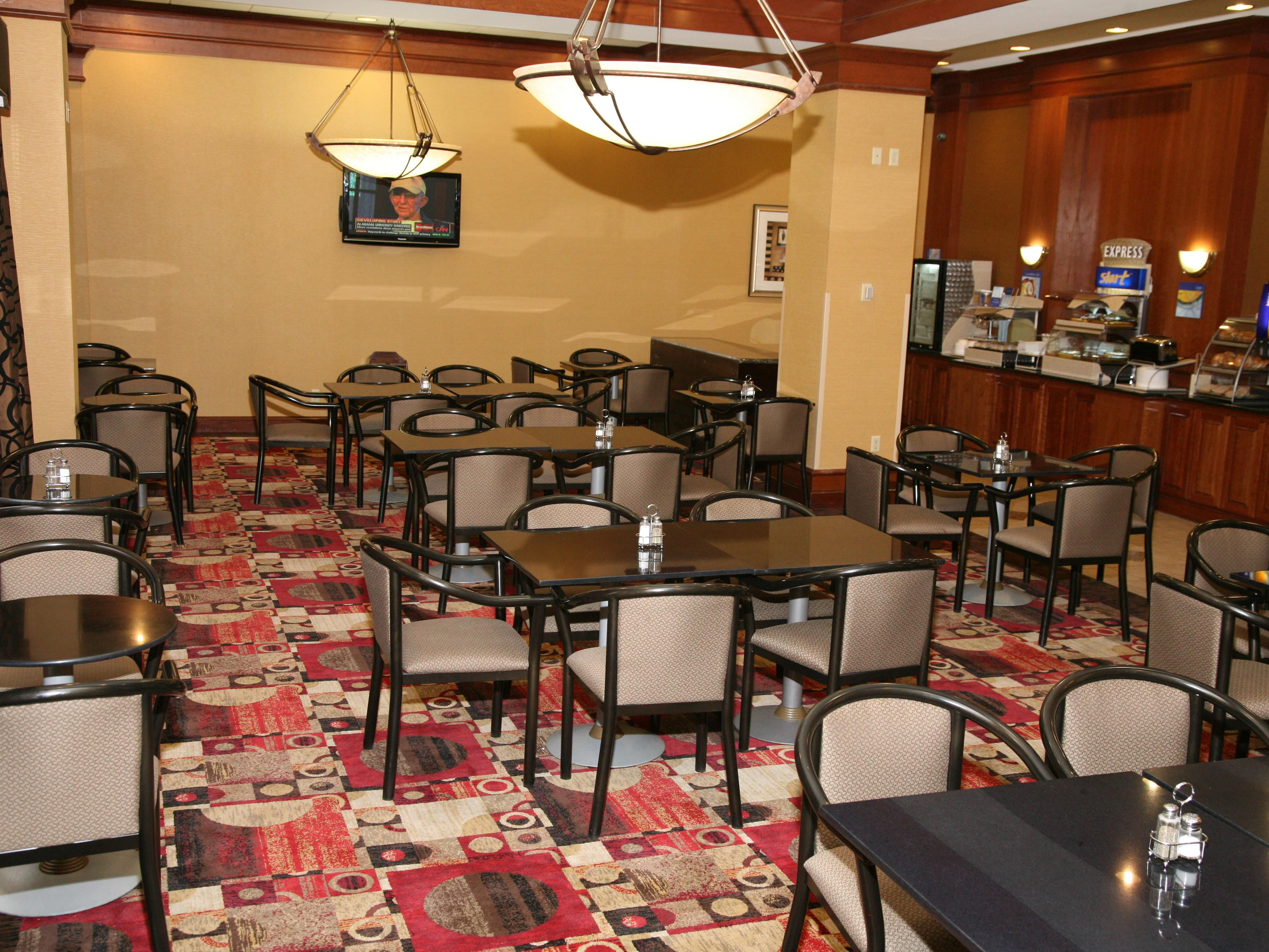 Plenty of Seating is Available for Guests during Breakfast