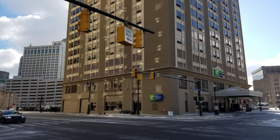 Holiday Inn Express Suites Detroit Downtown Hotel By Ihg