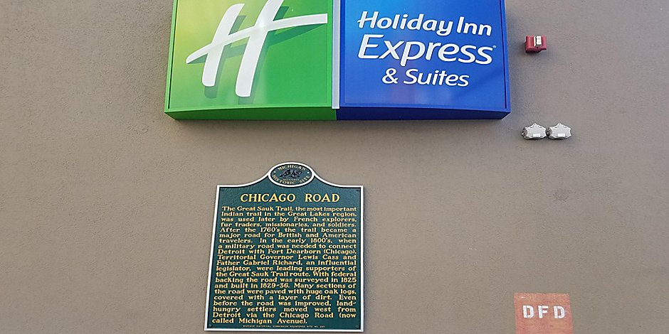 Holiday Inn Express & Suites Detroit Downtown Hotel by IHG