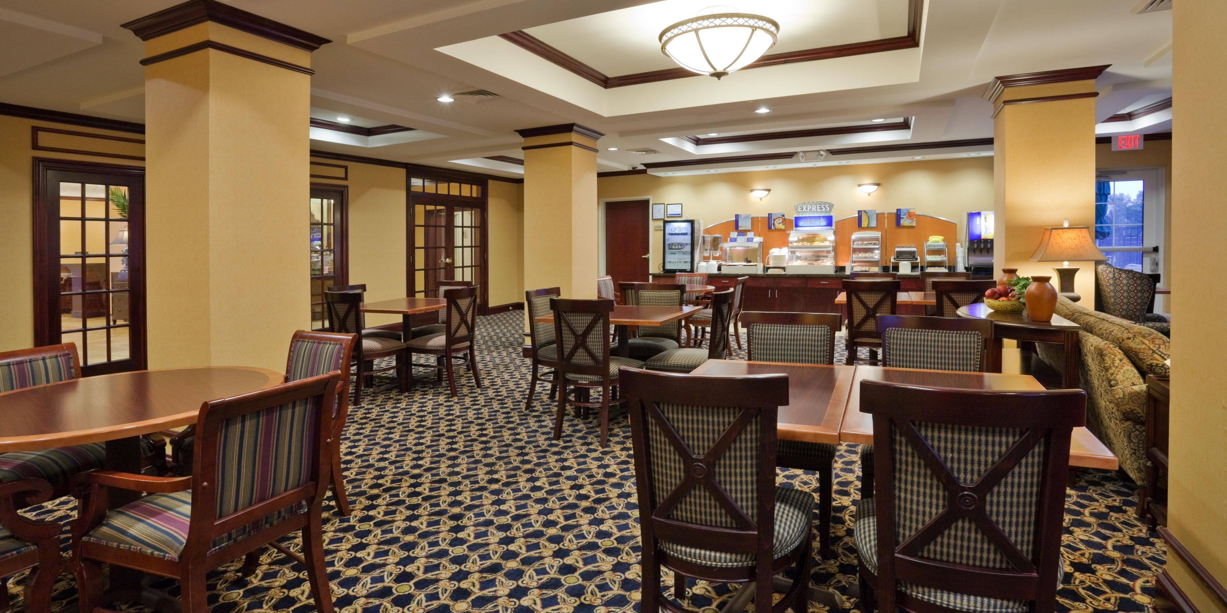 Wonderful Holiday Inn Express And Suites Dothan 4237047852 2x1