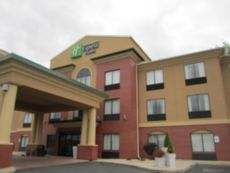 Holiday Inn Express & Suites Dubois in Clearfield, Pennsylvania