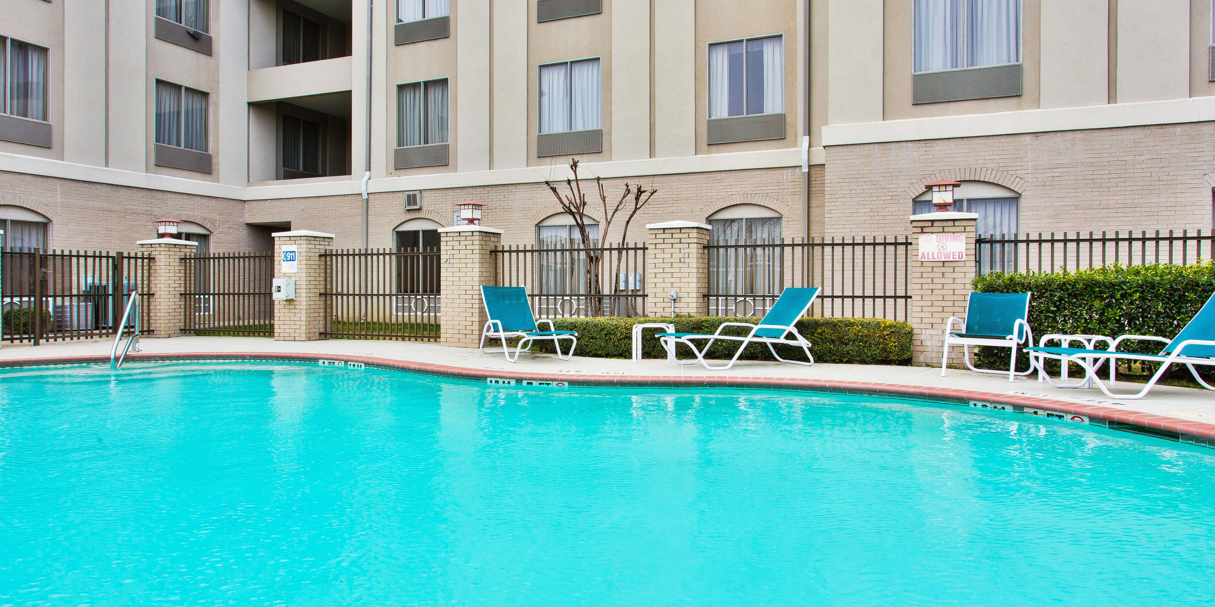 holiday inn express and suites duncanville 3865865979 2x1 - Hilton Garden Inn Duncanville