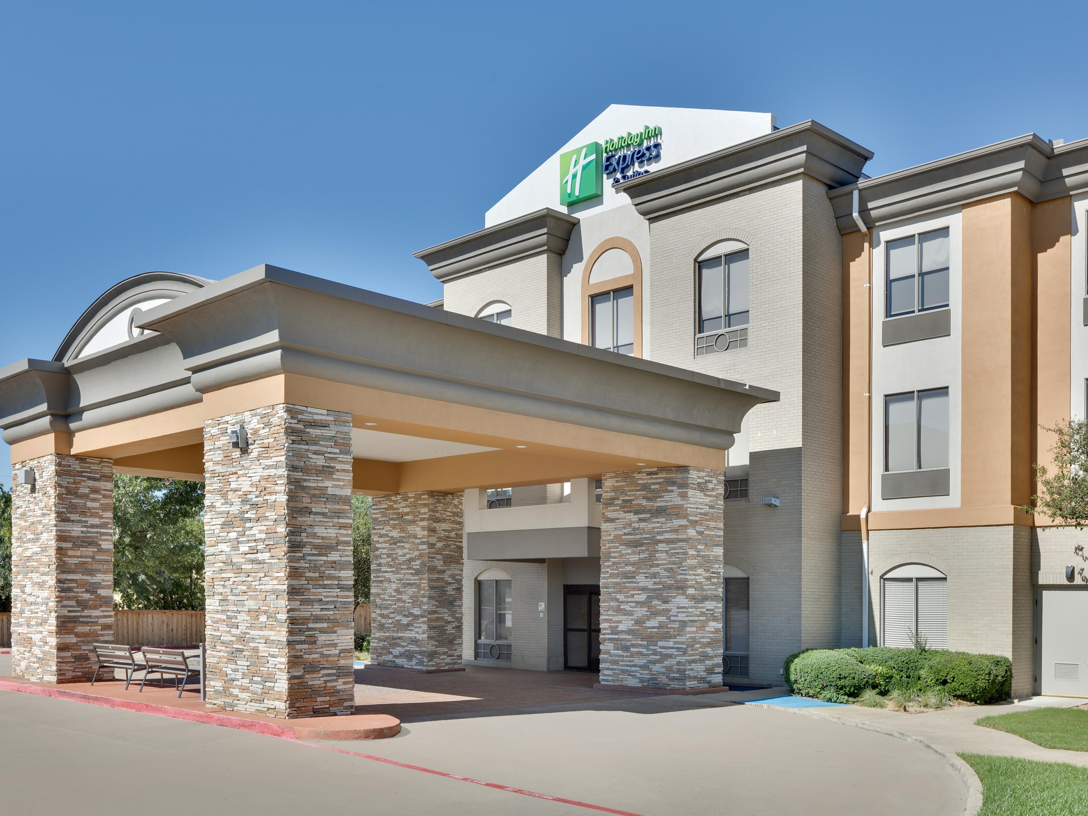 0f1b0964c25b Staybridge Suites Dallas Extended Stay Hotel Suites by IHG