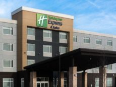 Holiday Inn Express & Suites West Edmonton-Mall Area in West Edmonton, Alberta