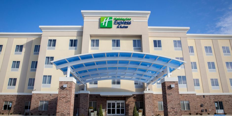 Hotel Exterior Welcome To The Holiday Inn Express Suites Edwardsville Il