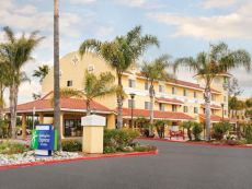 Holiday Inn Express & Suites San Diego-Escondido in Oceanside, California