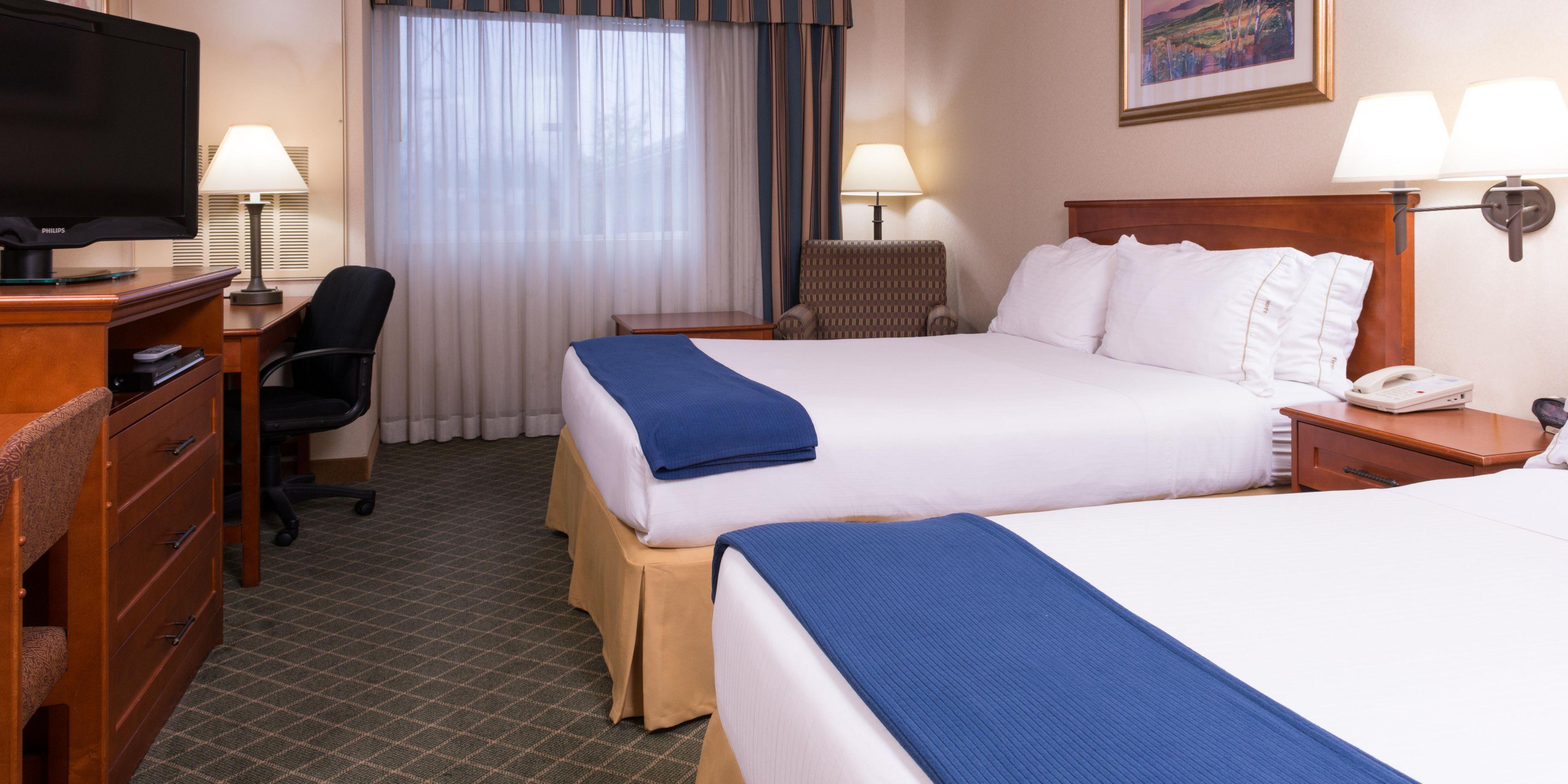 Bedroom Sets Everett Wa holiday inn express & suites everett hotelihg