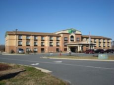 Holiday Inn Express & Suites Exmore - Eastern Shore in Exmore, Virginia
